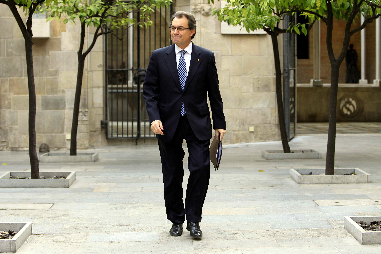 Mas asegura en Twitter que «en 2014 el pueblo de Cataluña será llamado a decidir»