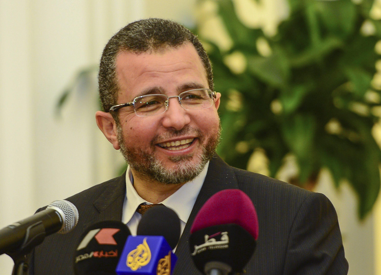 Detienen al ex primer ministro egipcio Hisham Qandil