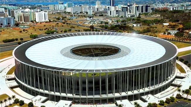 El estadio Nacional de Brasilia presenta filtraciones en el techo