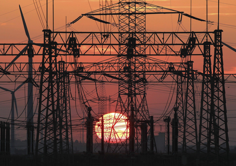 Las tres grandes eléctricas ganan 5.000 millones a pesar de la reforma