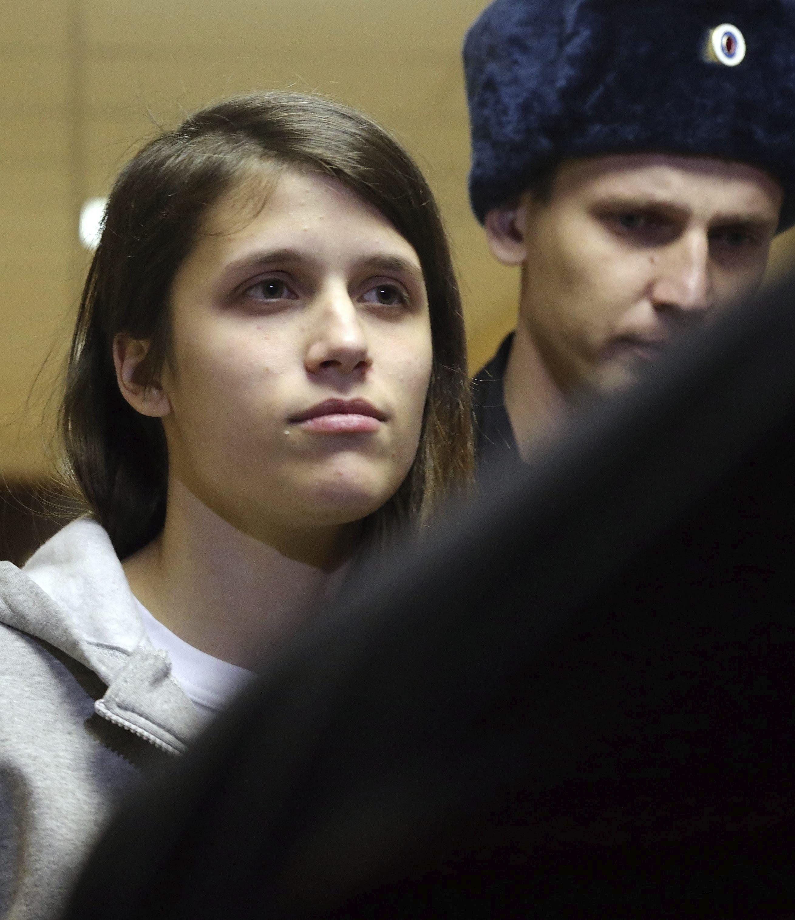 Termina la desventura rusa de los tripulantes del rompehielos de Greenpeace