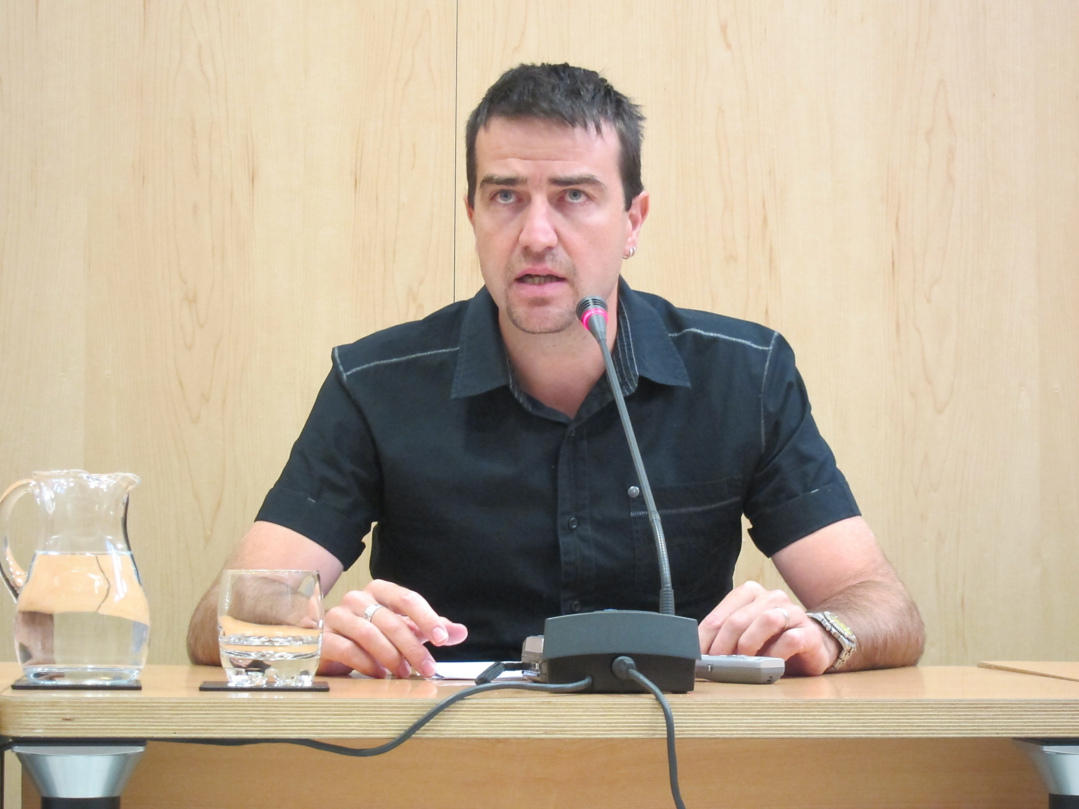 UPyD dice que ni el Rey ni los partidos políticos «viejos» han dado ejemplo de lo que debe hacerse en España