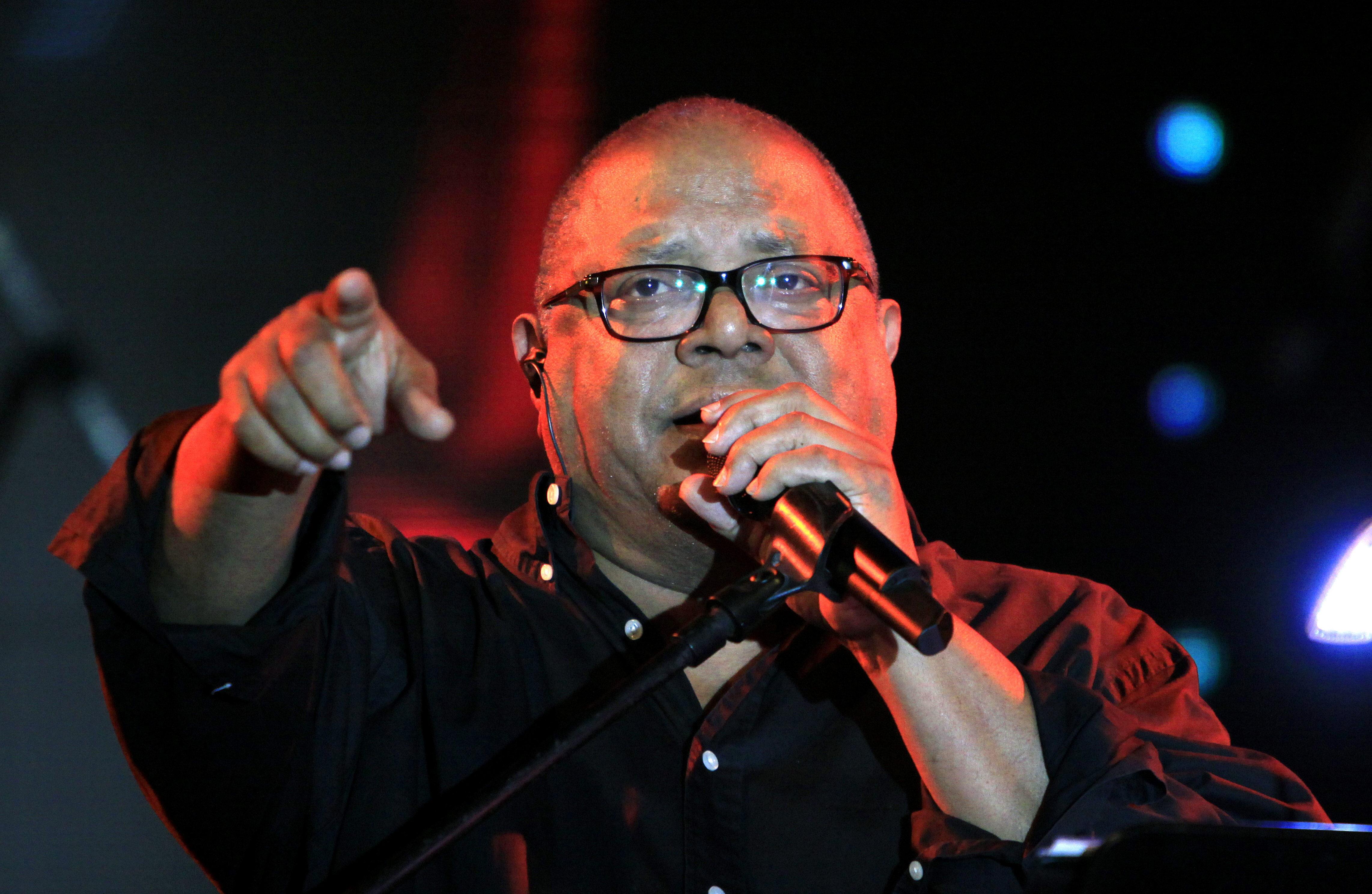 El cantautor cubano Pablo Milanés dice que cuida su voz con métodos ancestrales