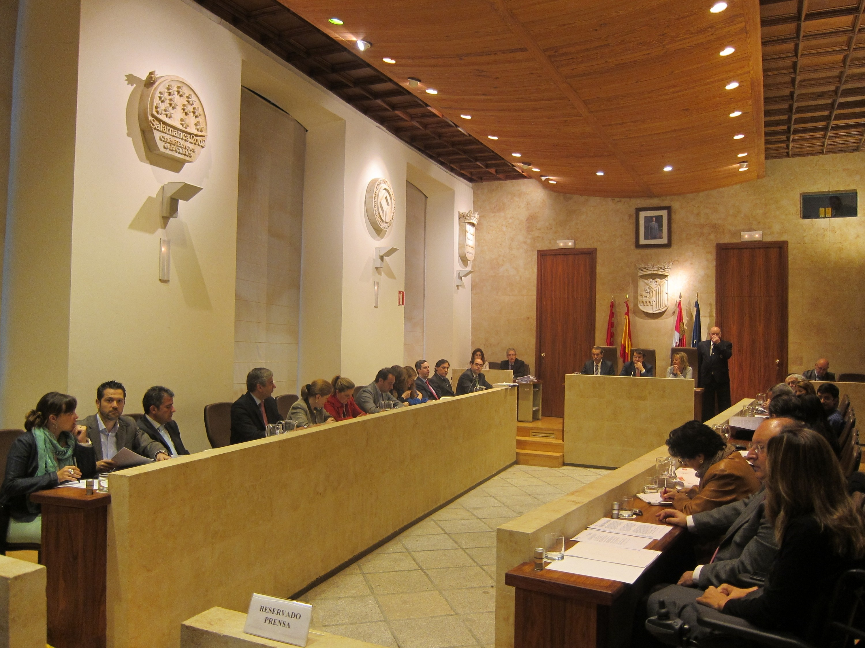 El Ayuntamiento de Salamanca tratará mañana en el pleno el abono de la parte proporcional de la extra de 2012