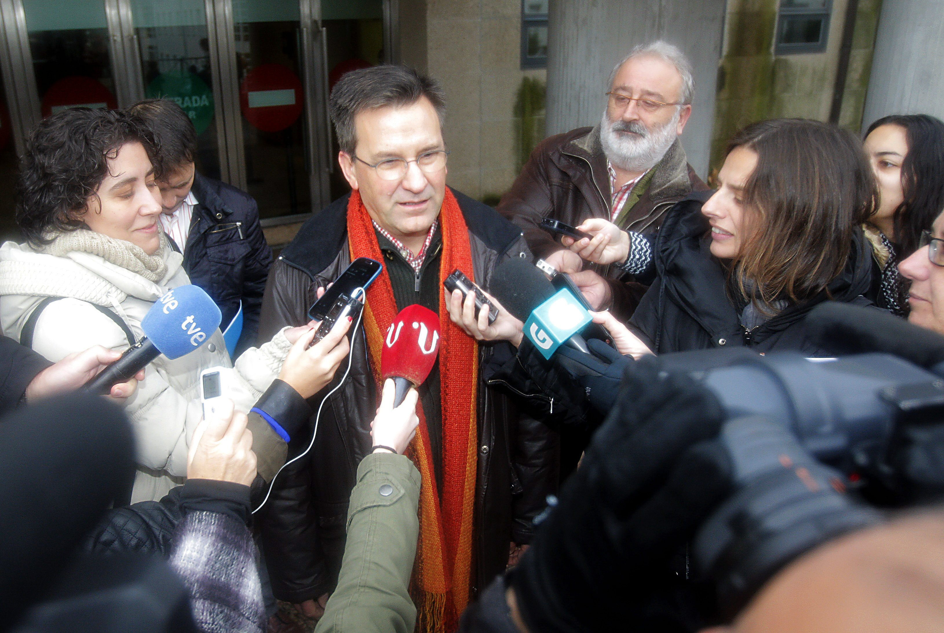 Besteiro cree que la fiscalía «ya tiene que estar atenta» a proceso venta NCG