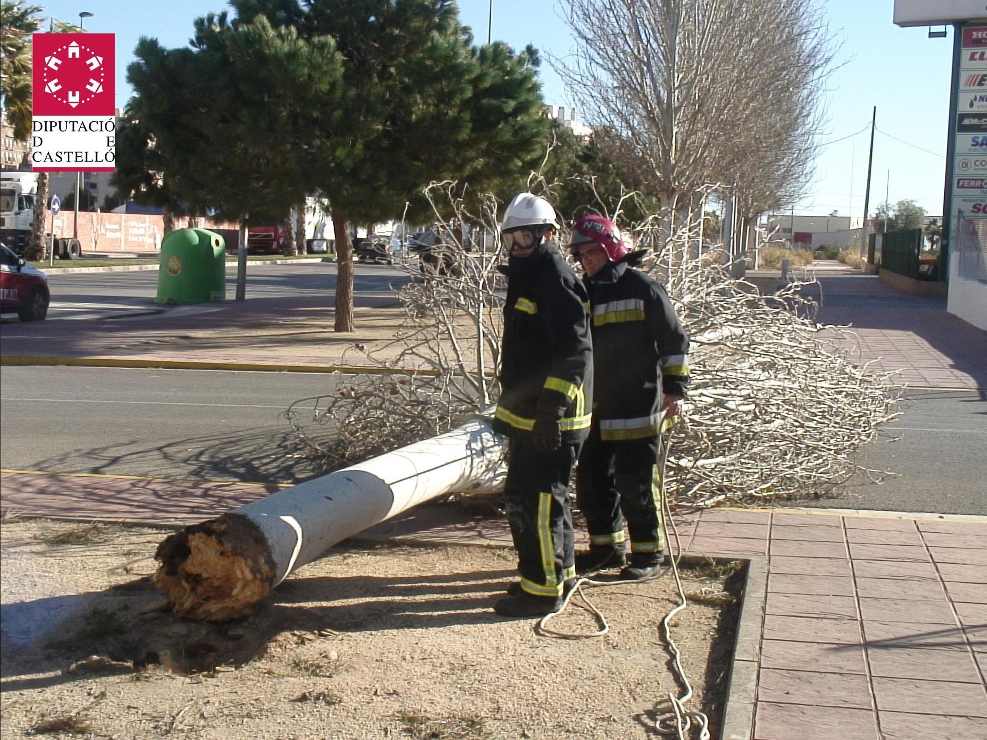 Bomberos realizan 20 intervenciones por incidentes provocados por el viento