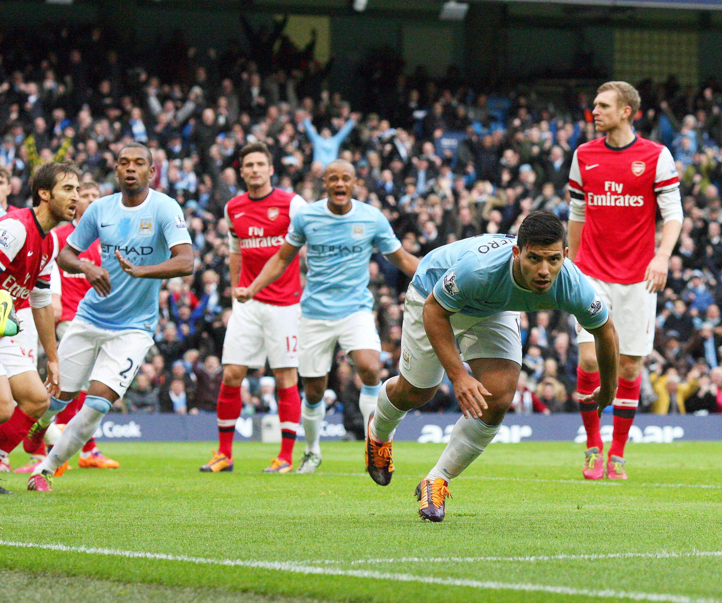 El Arsenal mantiene el liderato y el City gana el gran partido del »Boxing day»