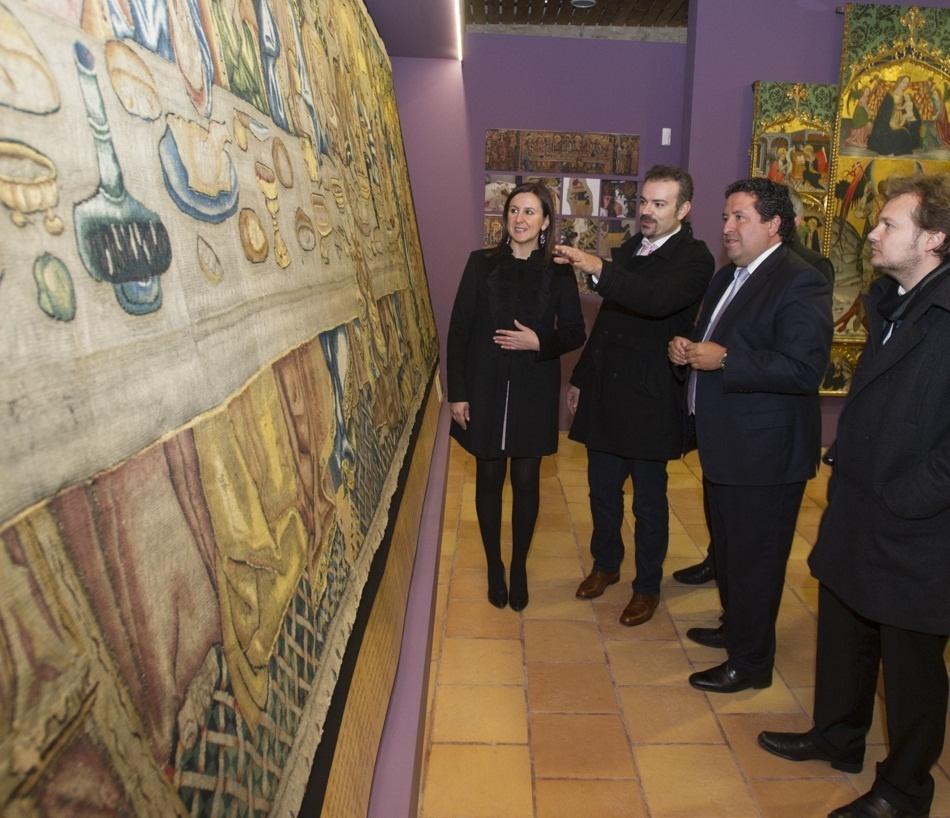 La Diputación habilitará un autobús diario para fomentar las visitas de los pueblos a la Luz de las Imágenes