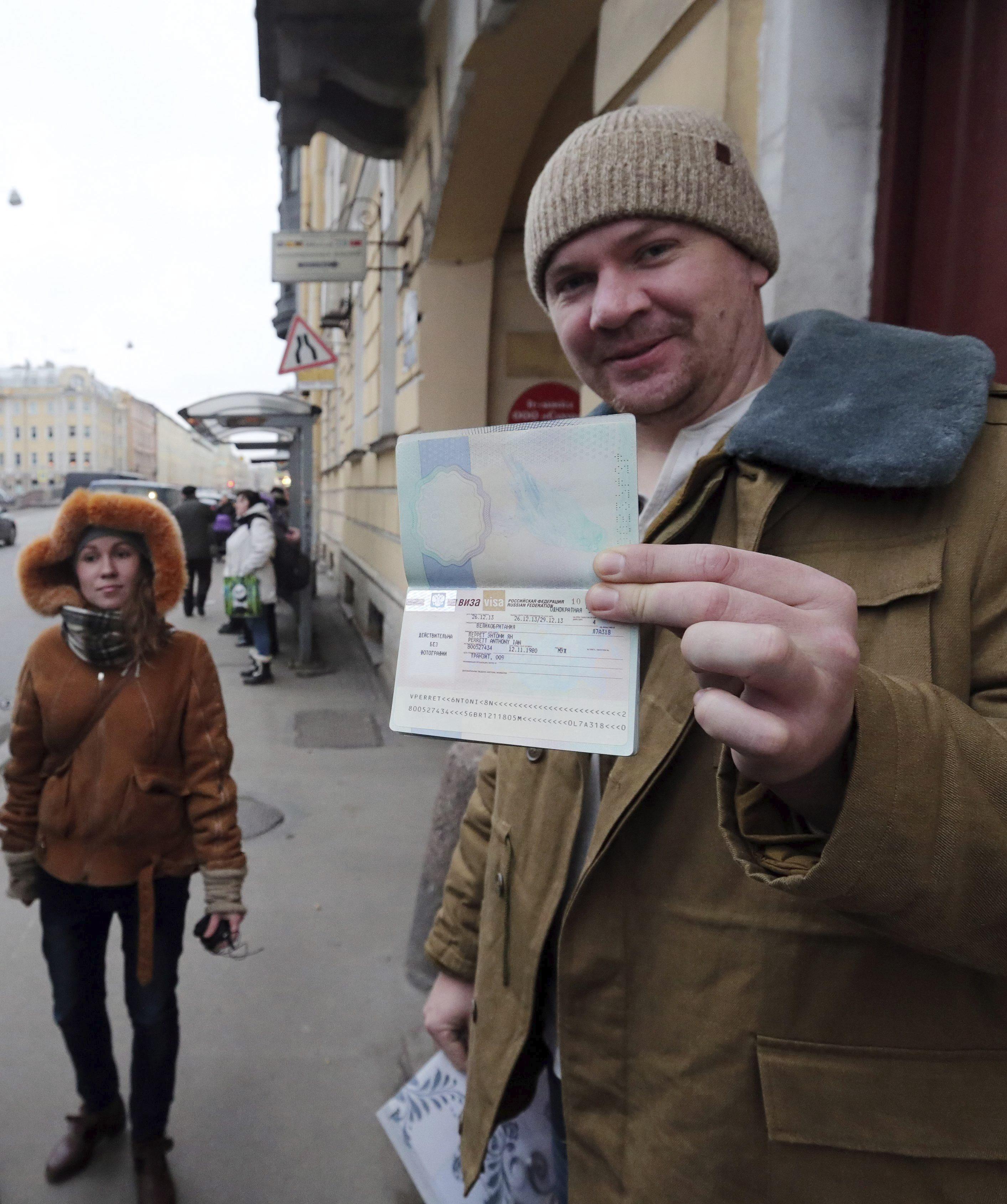 La Justicia rusa retira los cargos contra el último tripulante de Greenpeace