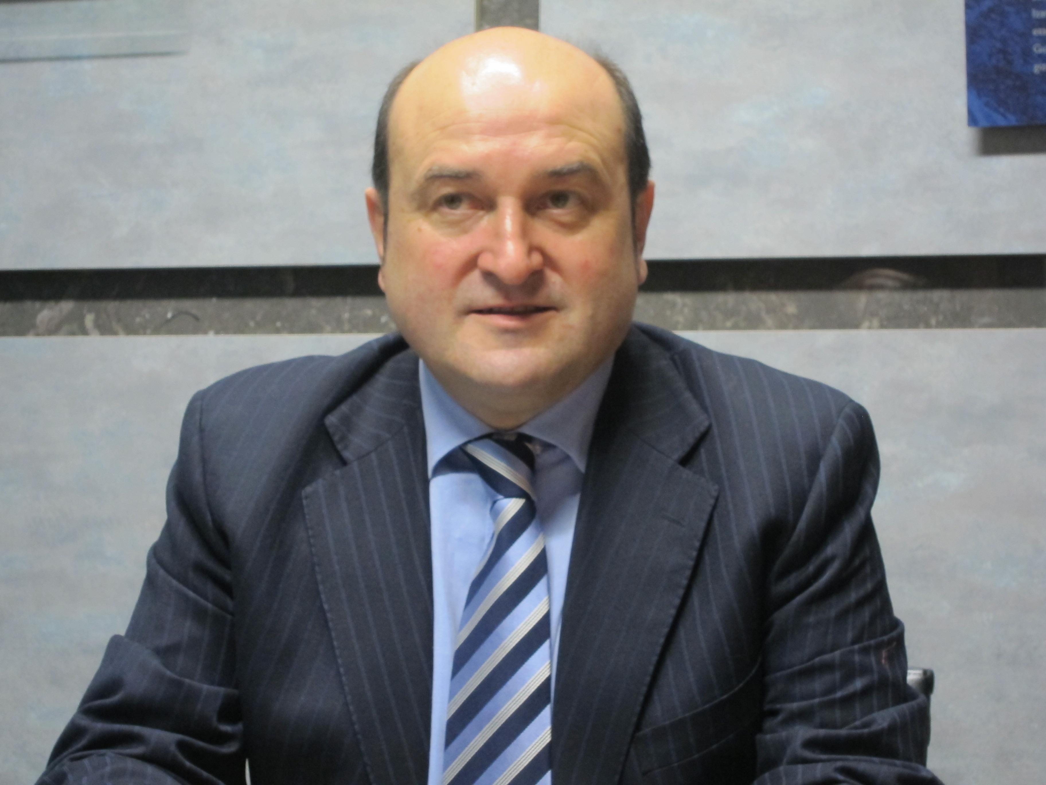 El PNV abre el debate para que Euskadi tenga más autogobierno