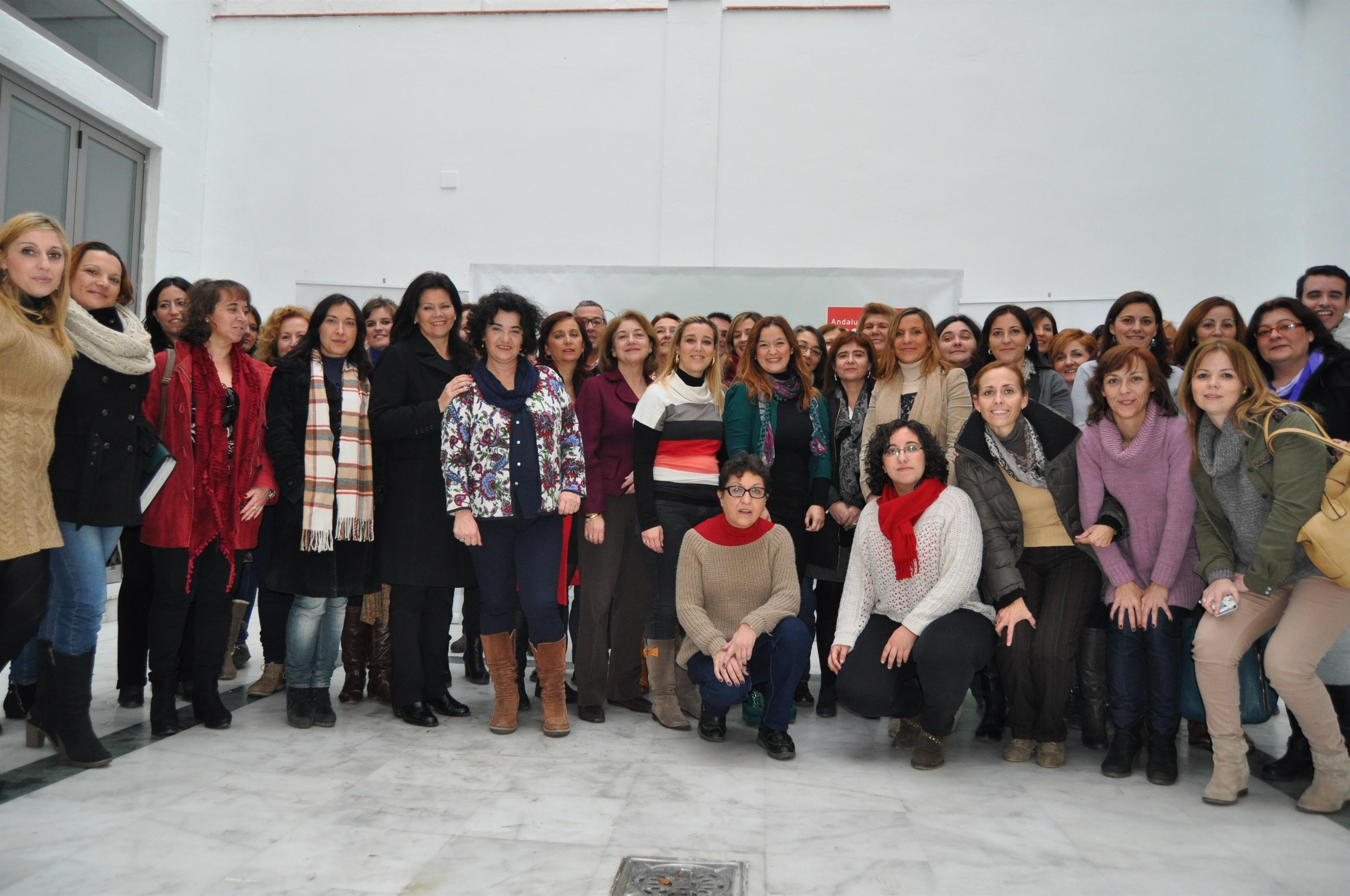 El PSOE exige al Gobierno que retire de inmediato la reforma del aborto