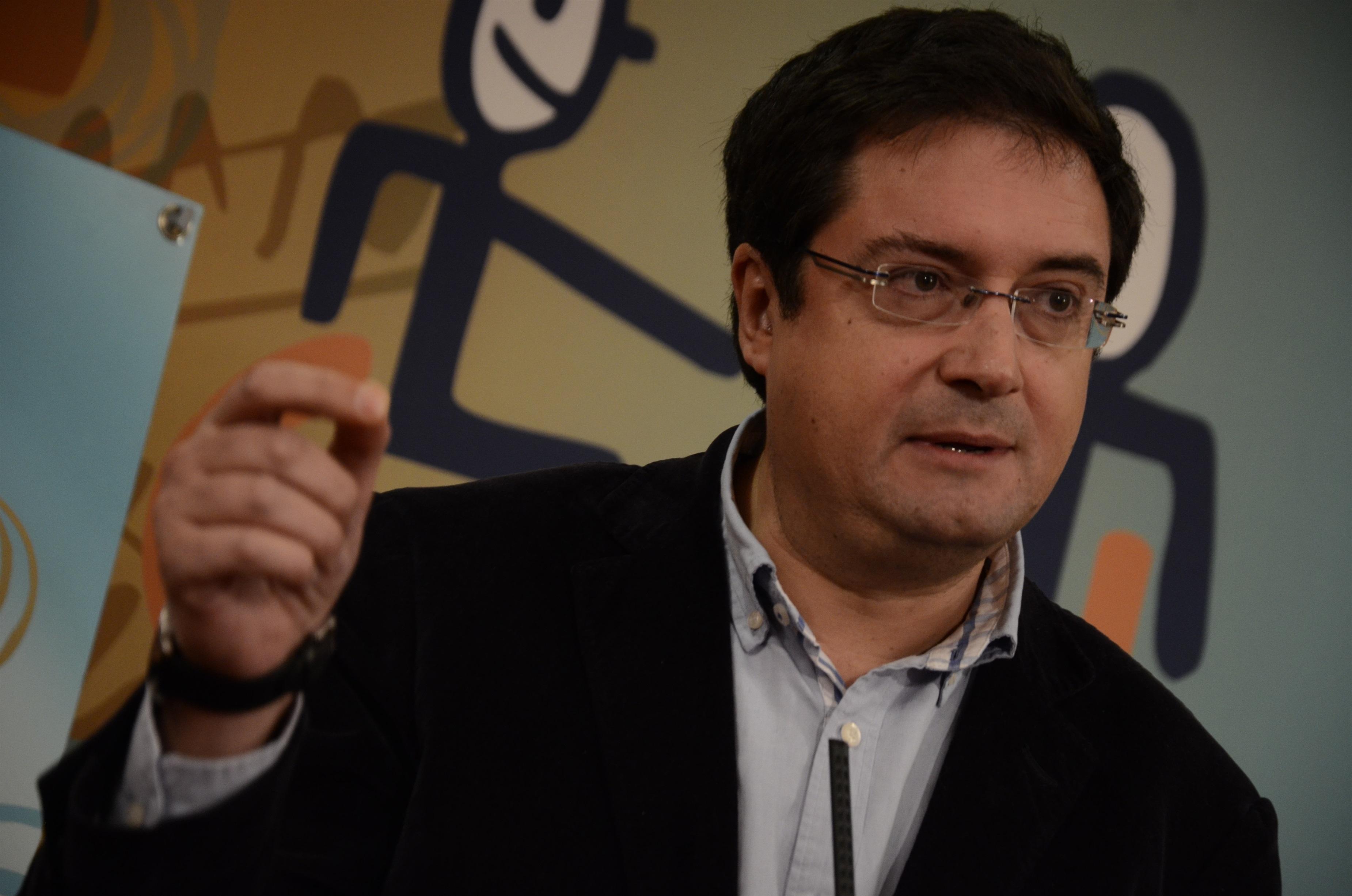 PSOE: Rajoy se ha equivocado al no fomentar el diálogo sobre la consulta