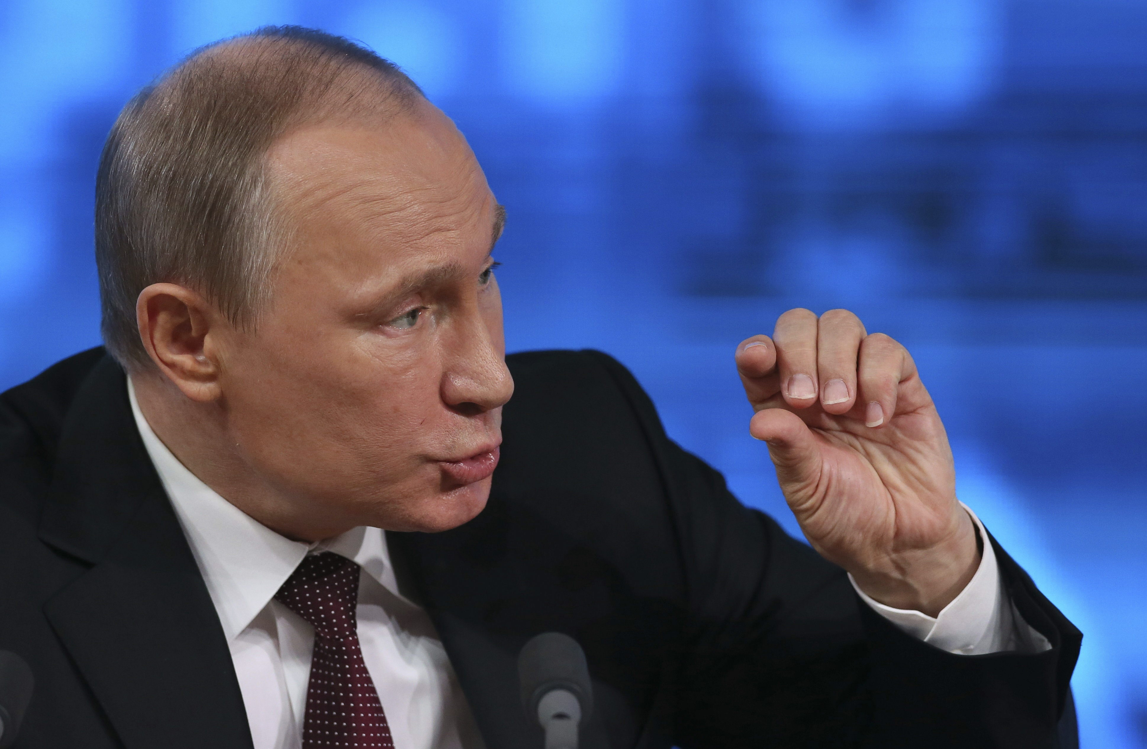 Putin pide al Gobierno de Medvédev más esfuerzo en el ámbito económico