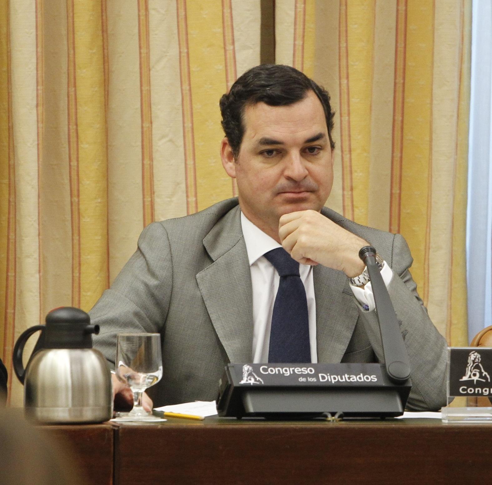 RTVE calcula una reducción del 15% en las retribuciones a tertulianos de TVE y RNE para 2013