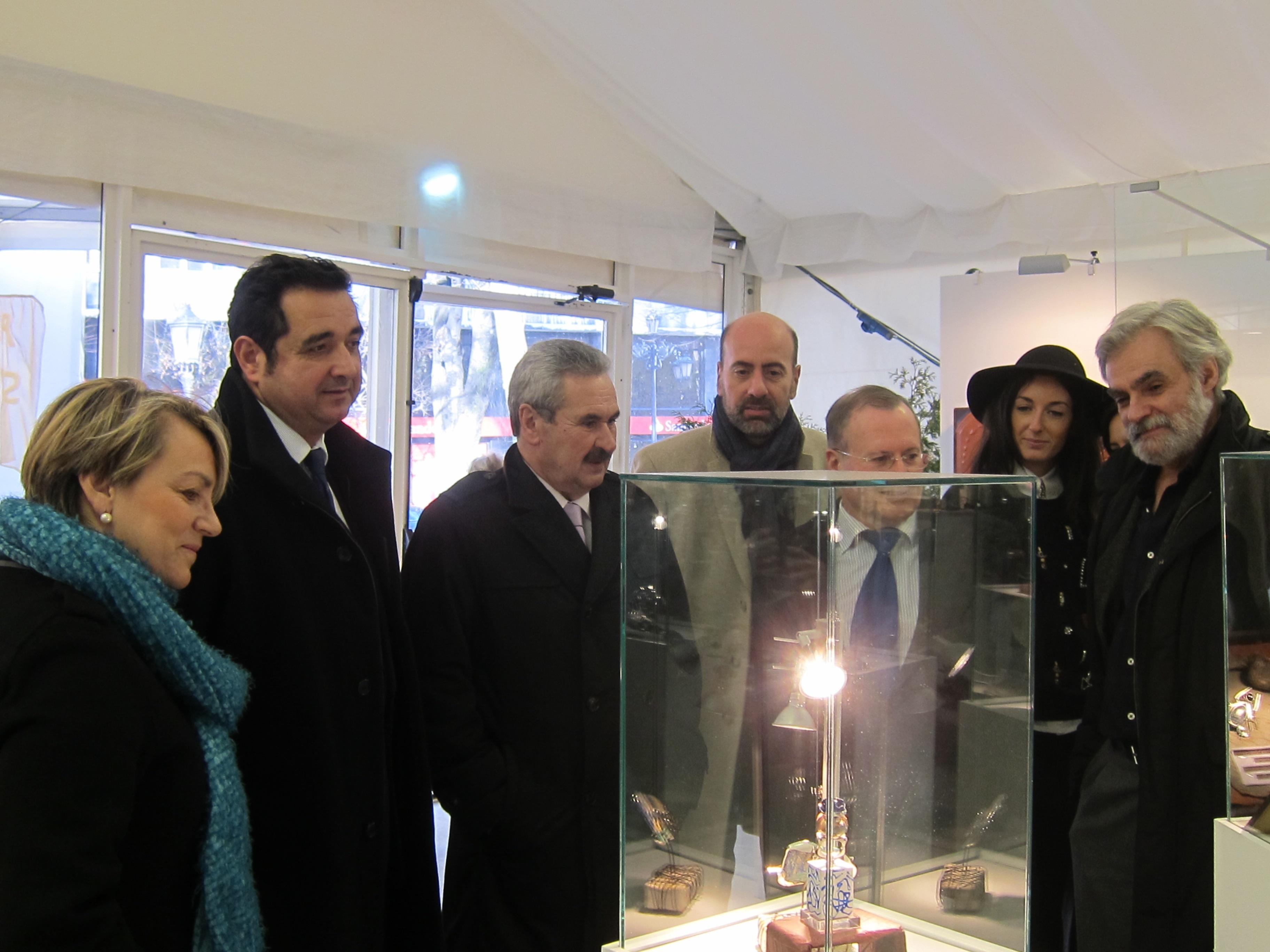 Torre reitera la intención del Principado de dialogar con la dirección de Duro Felguera para negociar el ERE