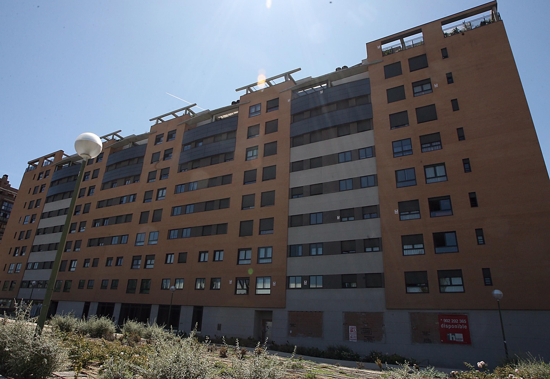 El precio de la vivienda usada cae en España un 7,4% en 2013