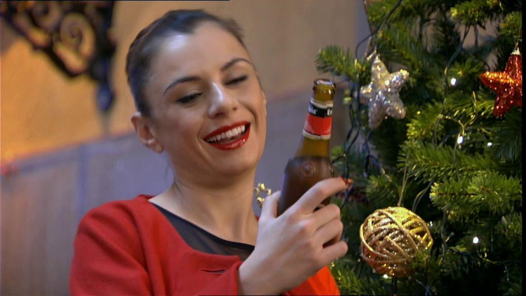 La cerveza Estrella Galicia protagoniza el brindis por 2014 de las cadenas privadas