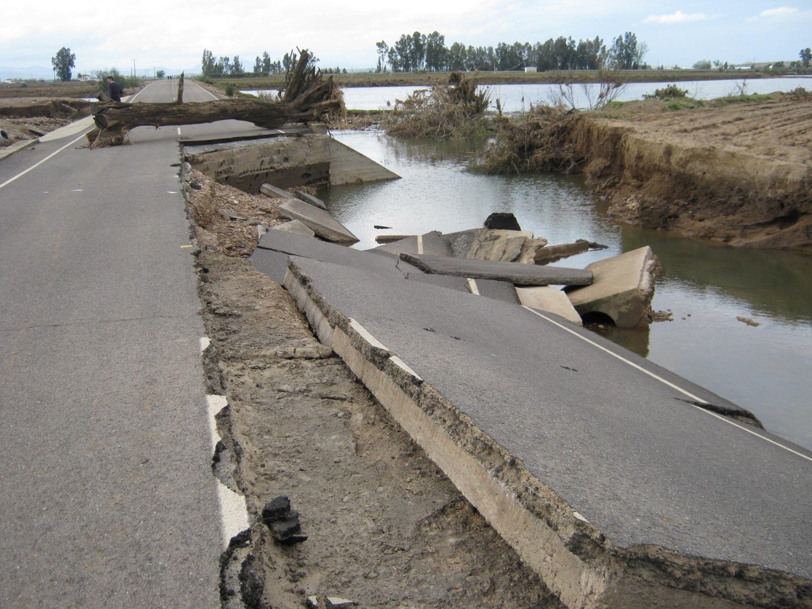 La reparación del tramo BA-142 de Valdetorres a Yelbes, afectado por las inundaciones supera el millón de euros