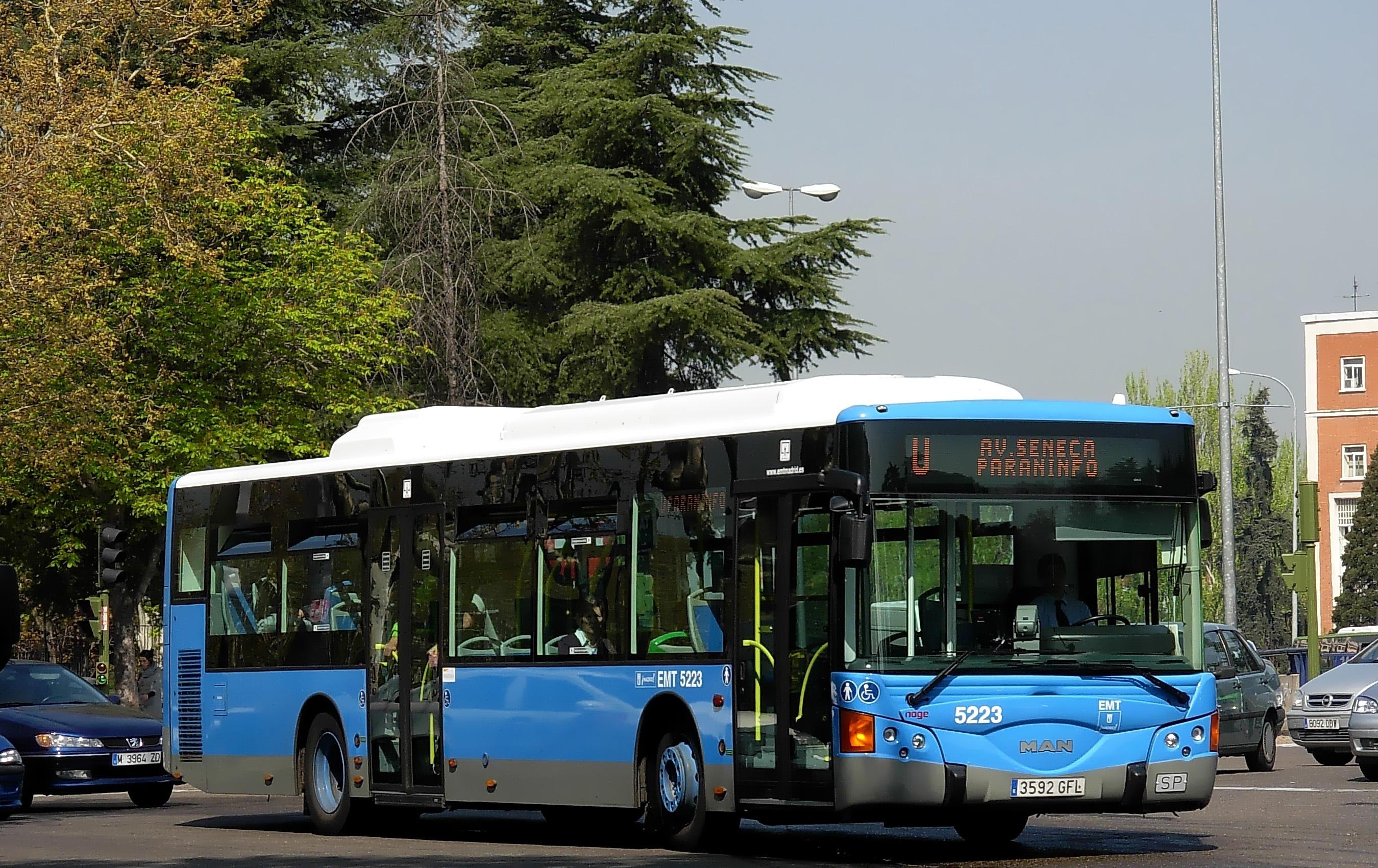 EMT y Madrid Movilidad se fusionarán en 2014 para conseguir la sostenibilidad económica de la empresa de autobuses