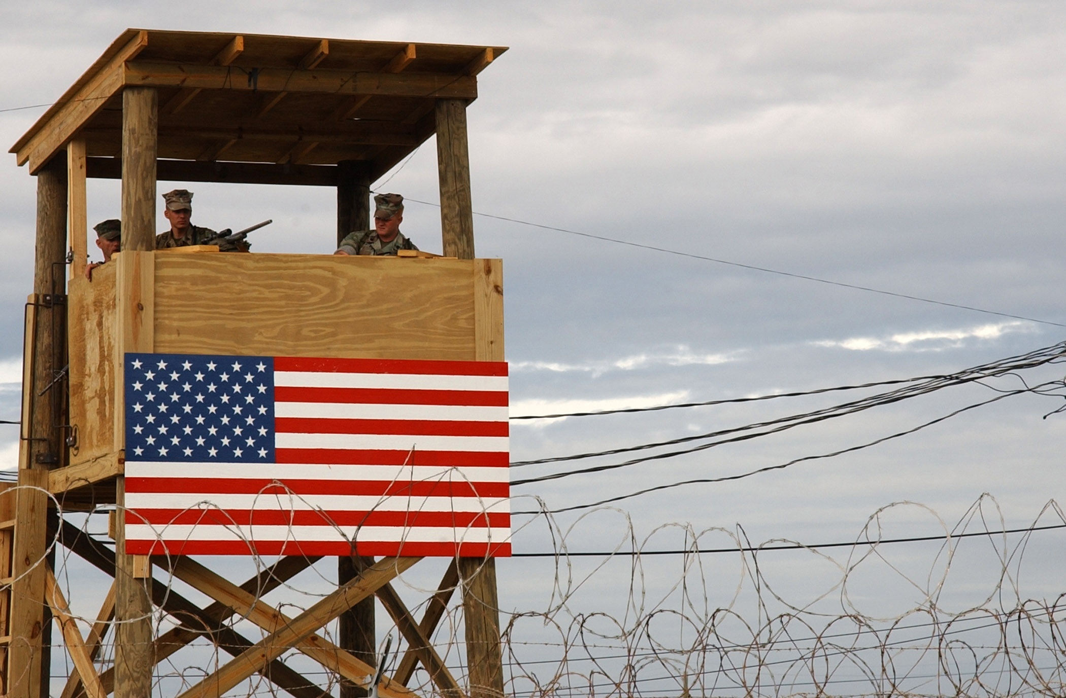 Obama pide más avances para poder juzgar a supuestos terroristas de Guantánamo en EEUU