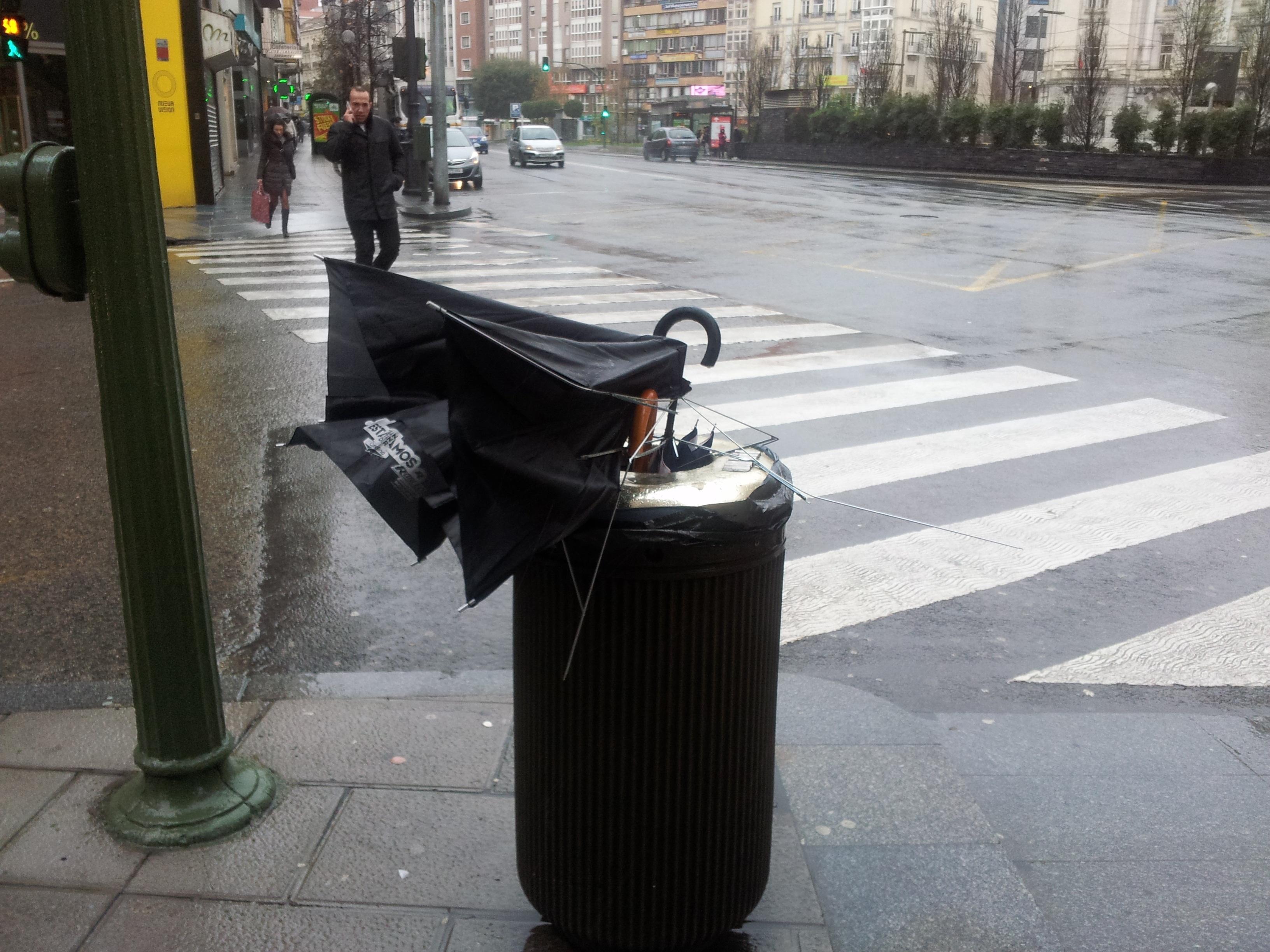 Los vientos superan los 100 kilómetros por hora en Cedeira (A Coruña) y Abadín (Lugo)