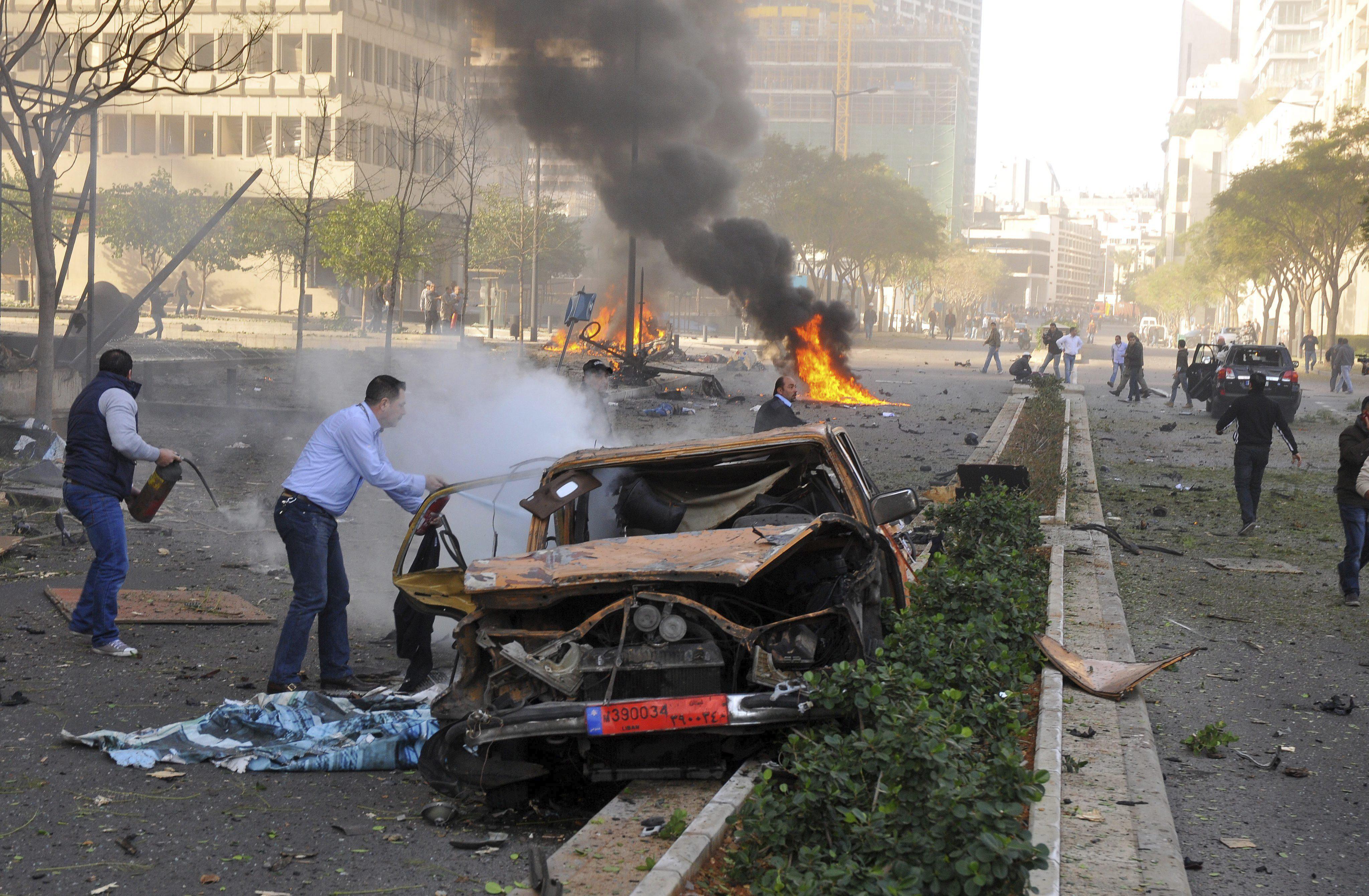 Cinco muertos y más de 50 heridos en un atentado con coche bomba en Beirut