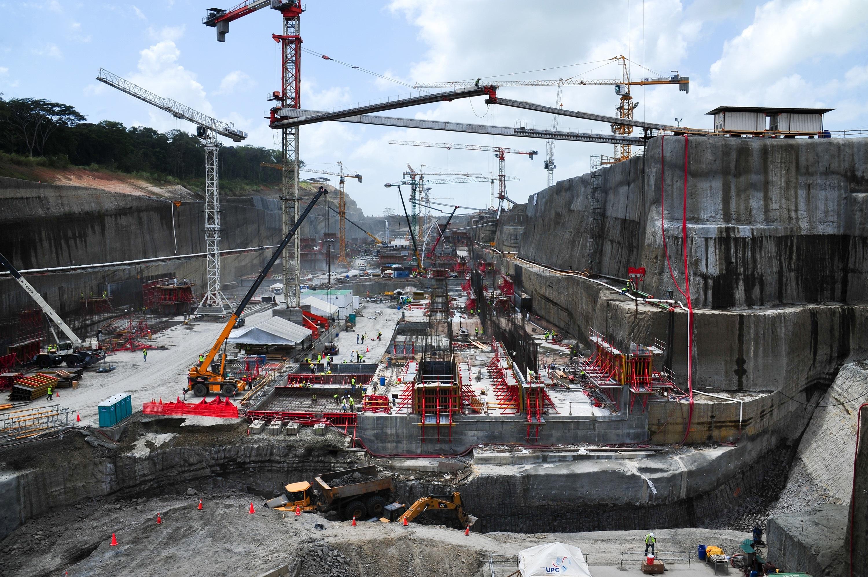 La bolsa mueve el 30% de Sacyr en pleno ultimátum por el Canal