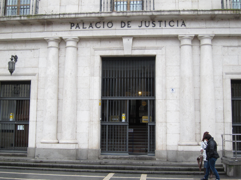 Condenado a 4,5 años de cárcel el inspector de Sanidad de la Junta que levantó más de cuarenta actas falsas