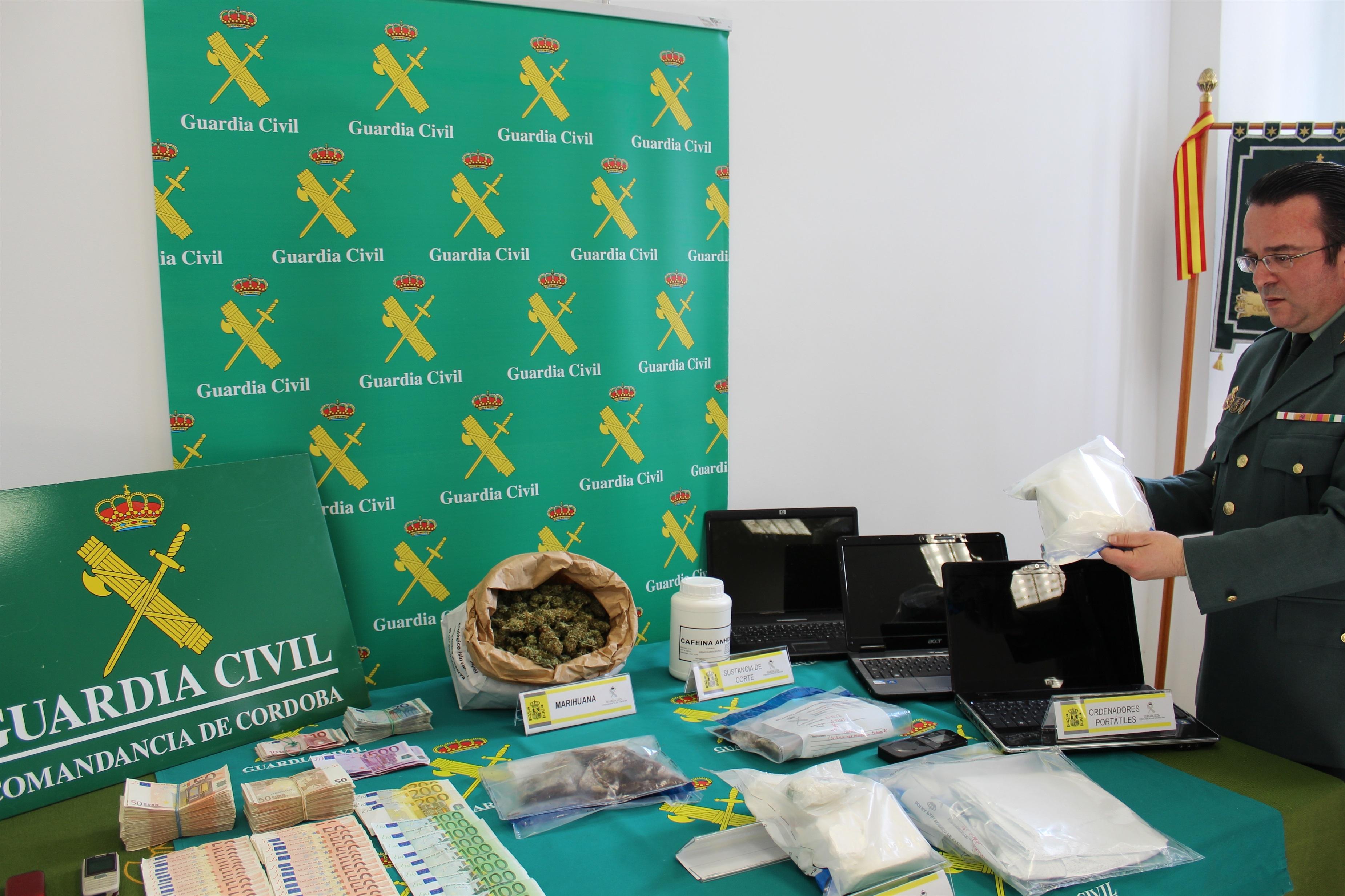 Detienen a siete personas tras intervenirles dos kilos de cocaína de gran pureza en la capital