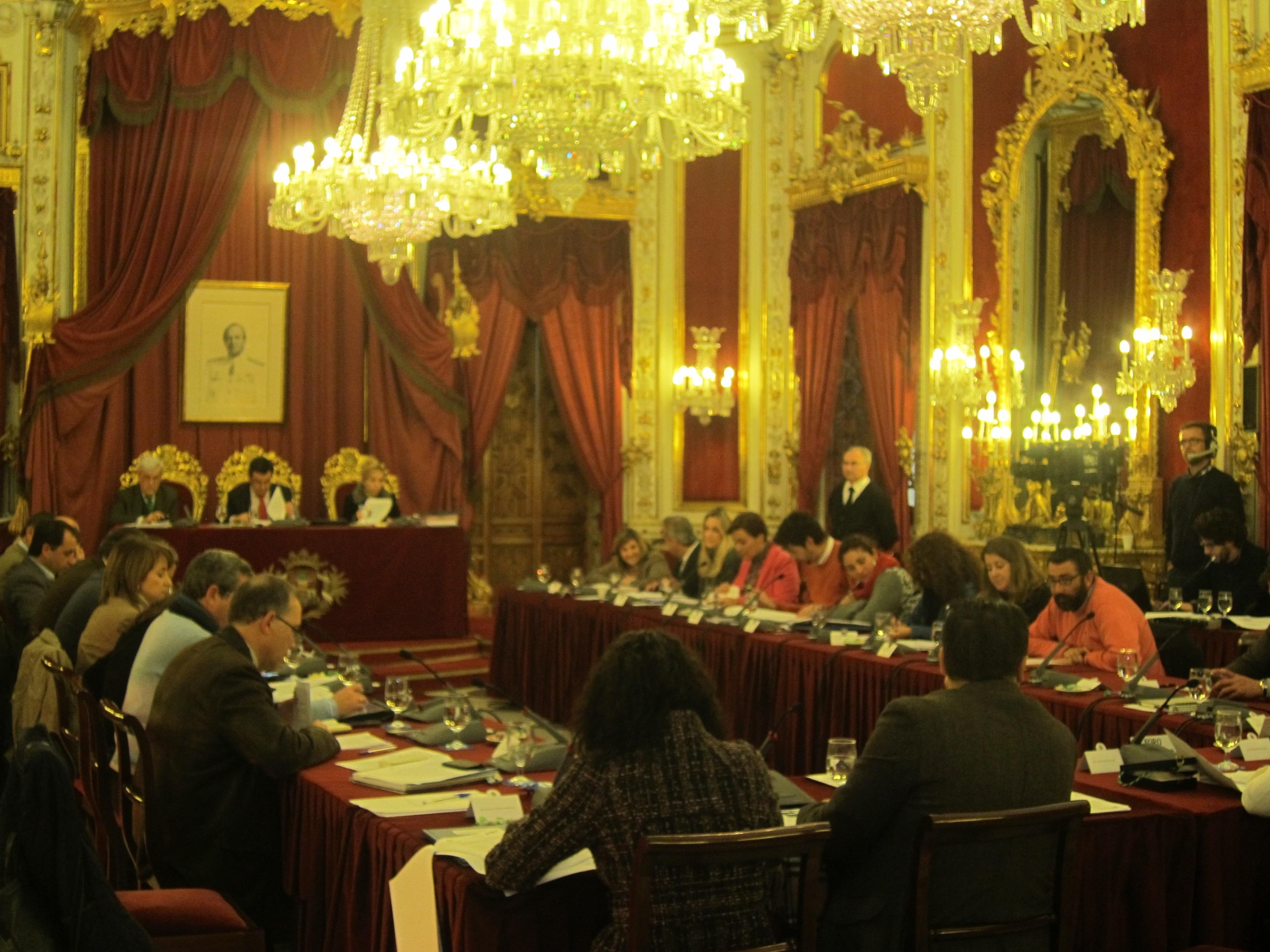Diputación propone a la Junta que familias en situación de emergencia social ocupen viviendas vacías