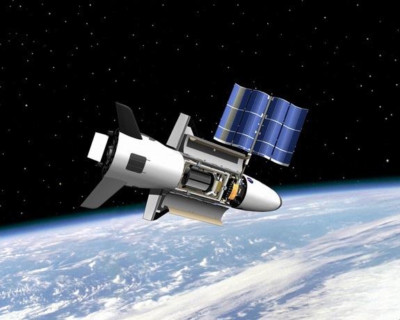 EE.UU mantuvo un avión espacial 400 días en órbita en secreto