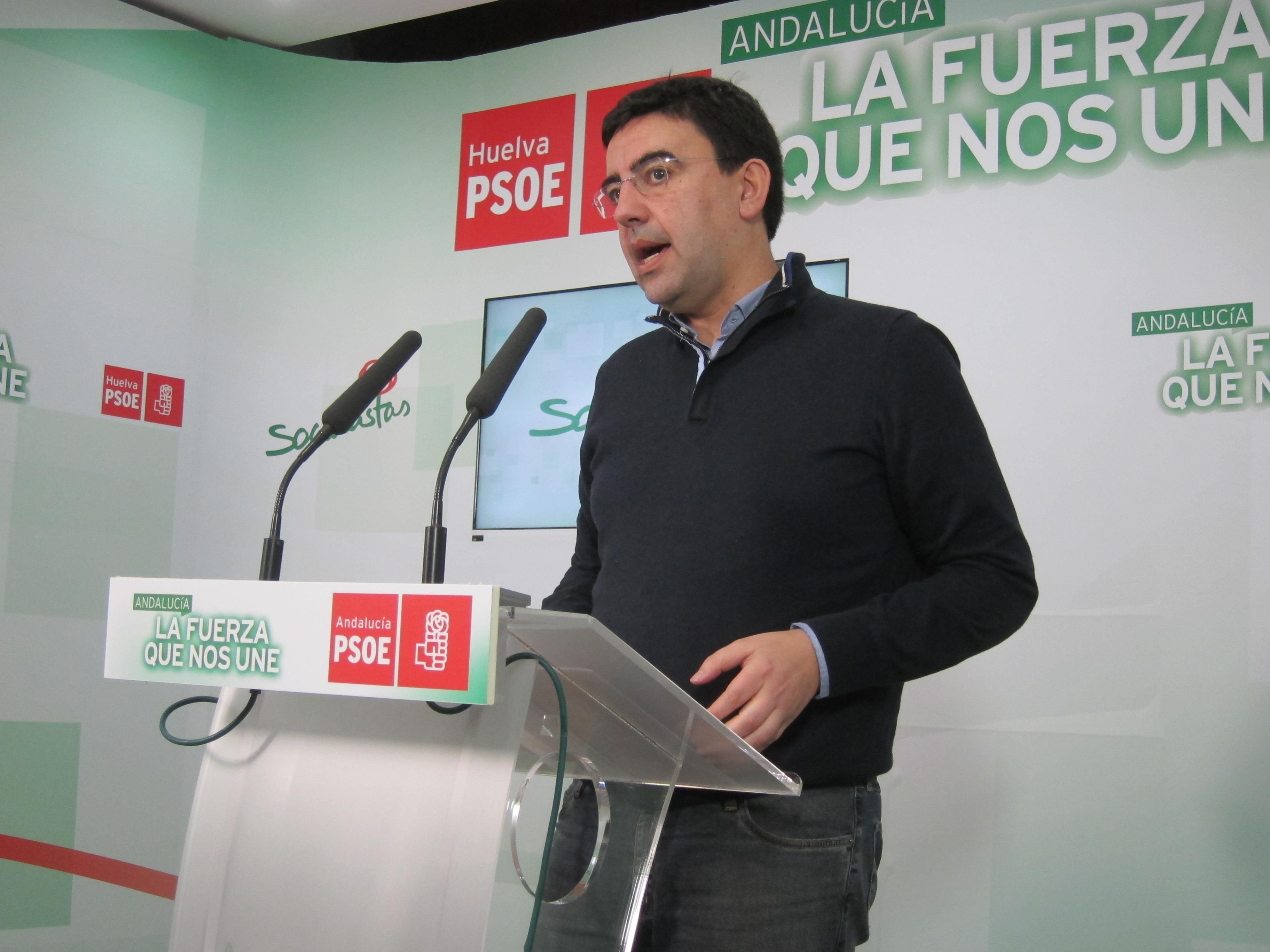 Jiménez (PSOE-A) cree que Renfe «está ninguneando» a la provincia con «el respaldo vergonzoso» del PP