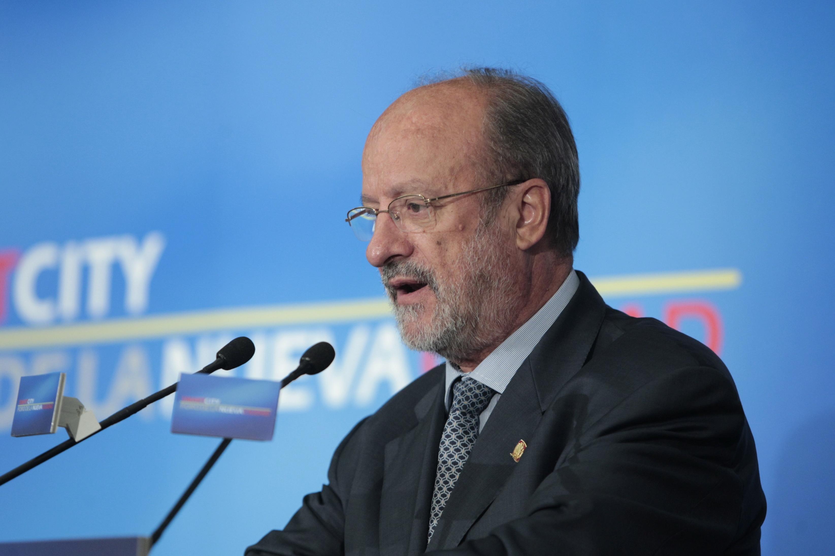 León de la Riva creará una comisión de investigación para analizar «todo el proceso» de la parcela de Zambrana