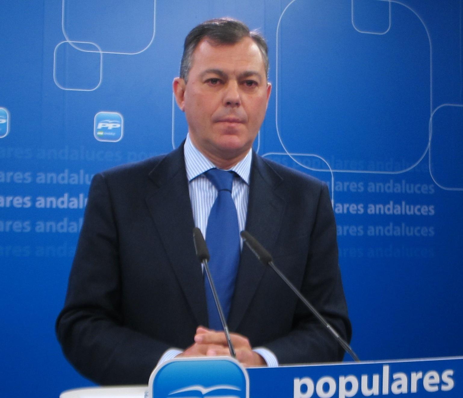 PP-A ve a Díaz como «convidada de piedra» en Bruselas y le pide humildad para defender ante Barroso la gestión de Rajoy