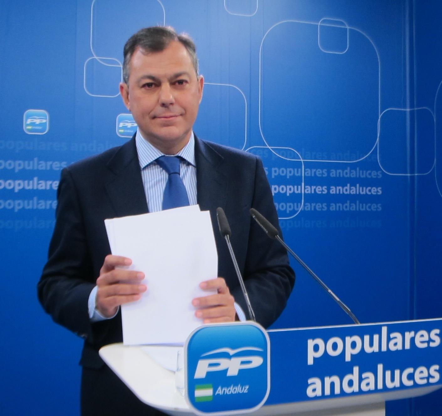 PP-A cree que Díaz «no sólo ha defendido a UGT-A sino a PSOE-A» y le urge a explicar si tiene «beneficios» de las ayudas