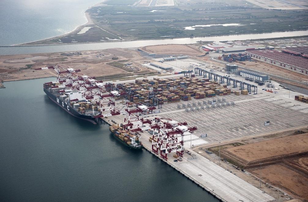 El Puerto de Barcelona licita dos obras por 23,2 millones en el área del Muelle Prat