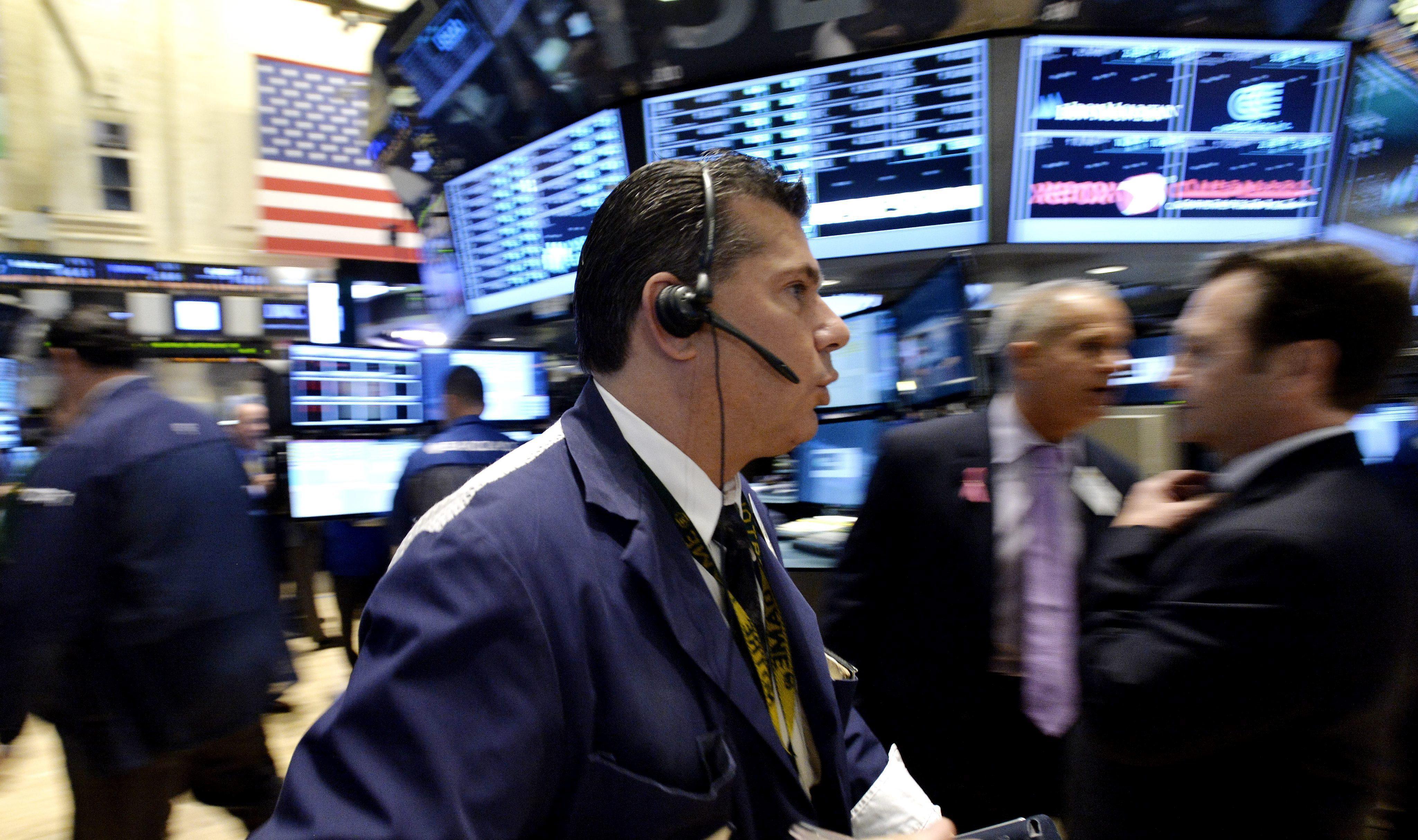 La presión de los mercados se desplaza a los países emergentes y sus divisas se desploman