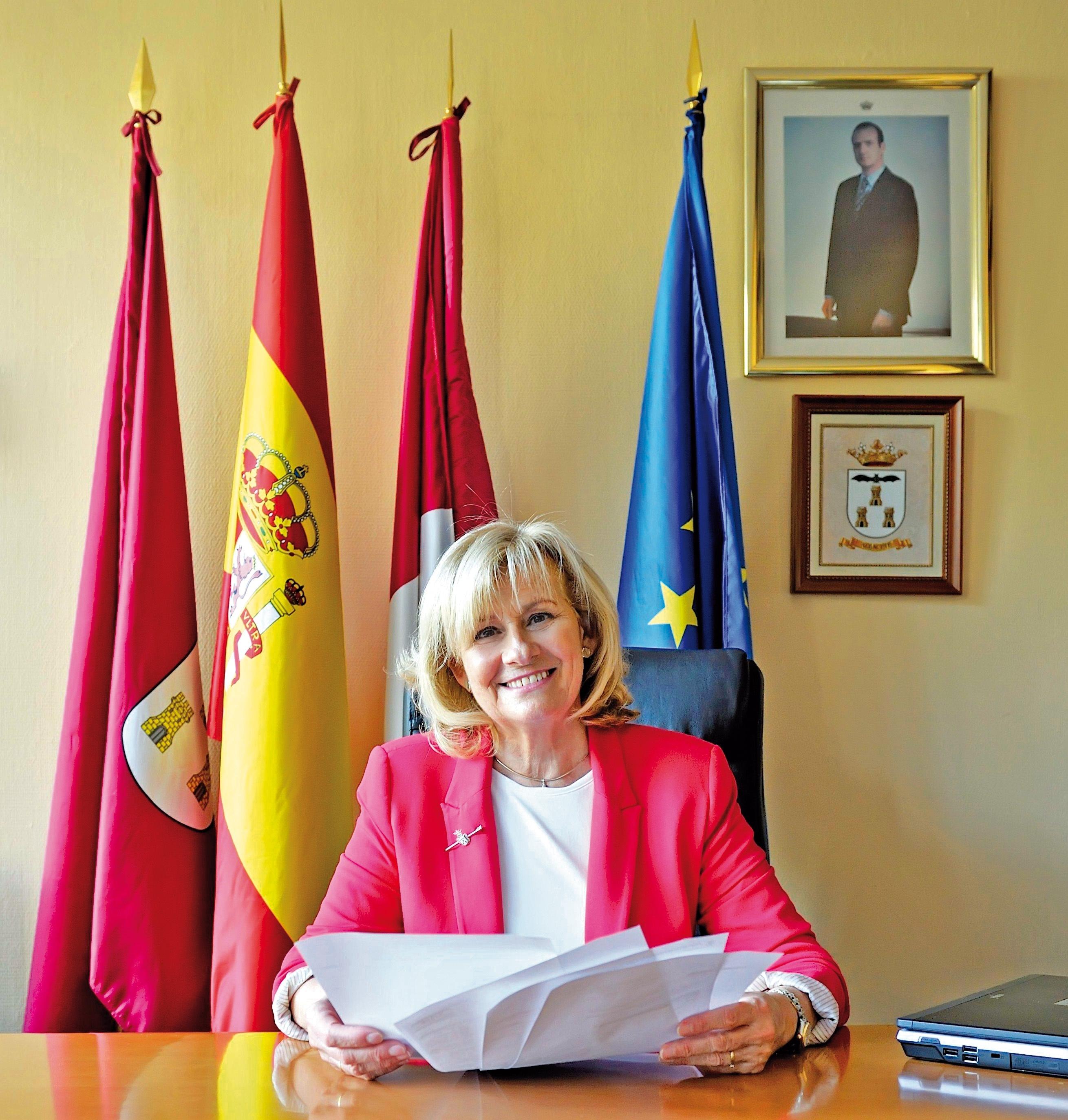 La alcaldesa de Albacete anuncia nuevas acciones legales para evitar el pago de las liquidaciones a USUJ