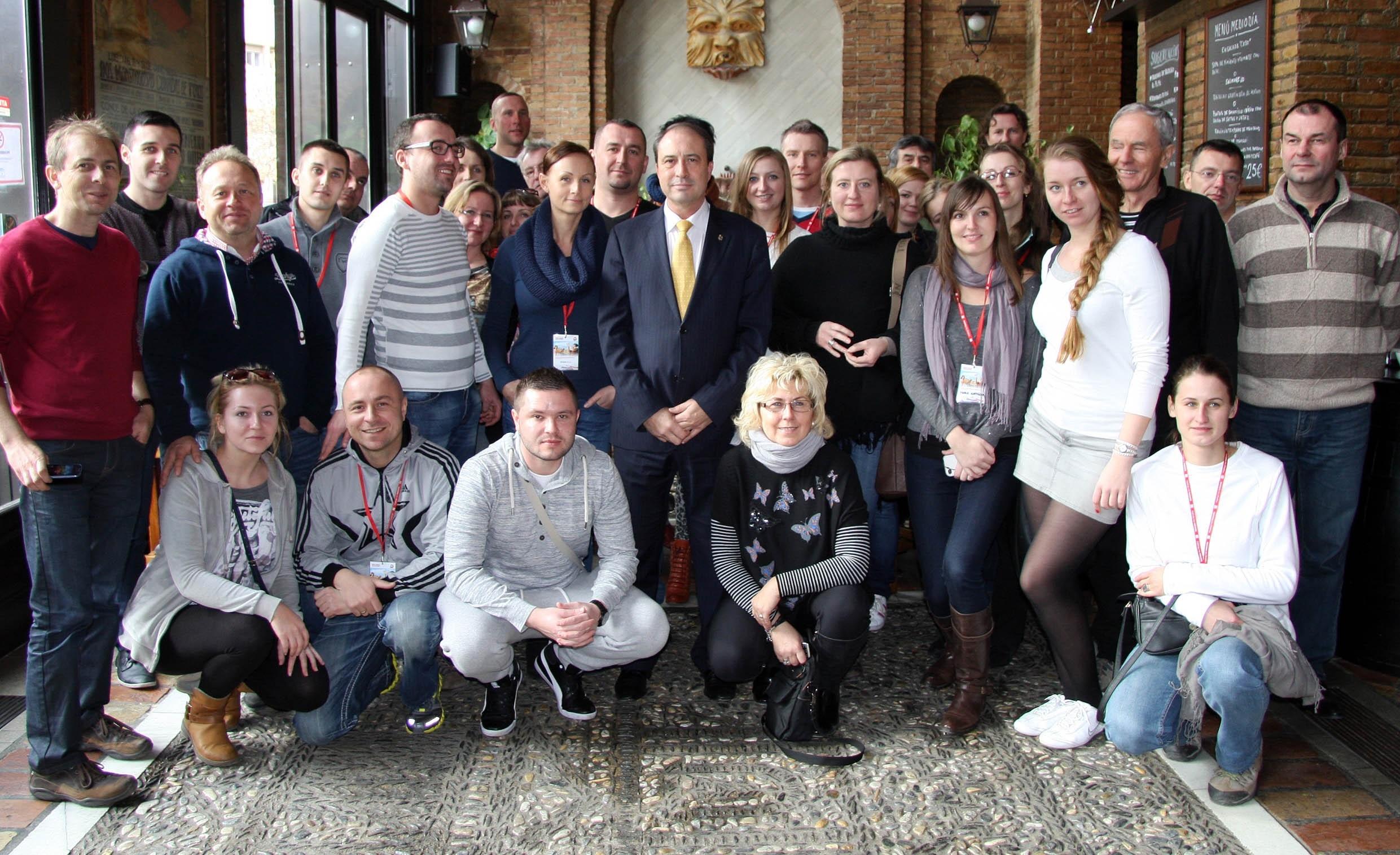 Un total de 50 agentes del mayor touroperador polaco conocen Granada para venderla a sus clientes