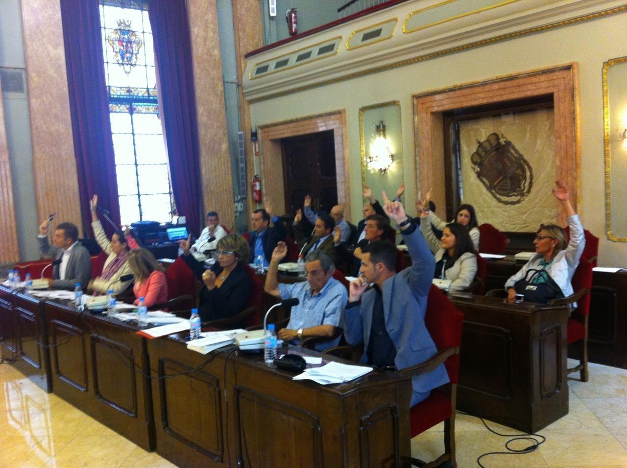 Ayuntamiento Murcia se suma a manifestación de la Plataforma Pro-Soterramiento con lema »Soterramiento de las vías ya»