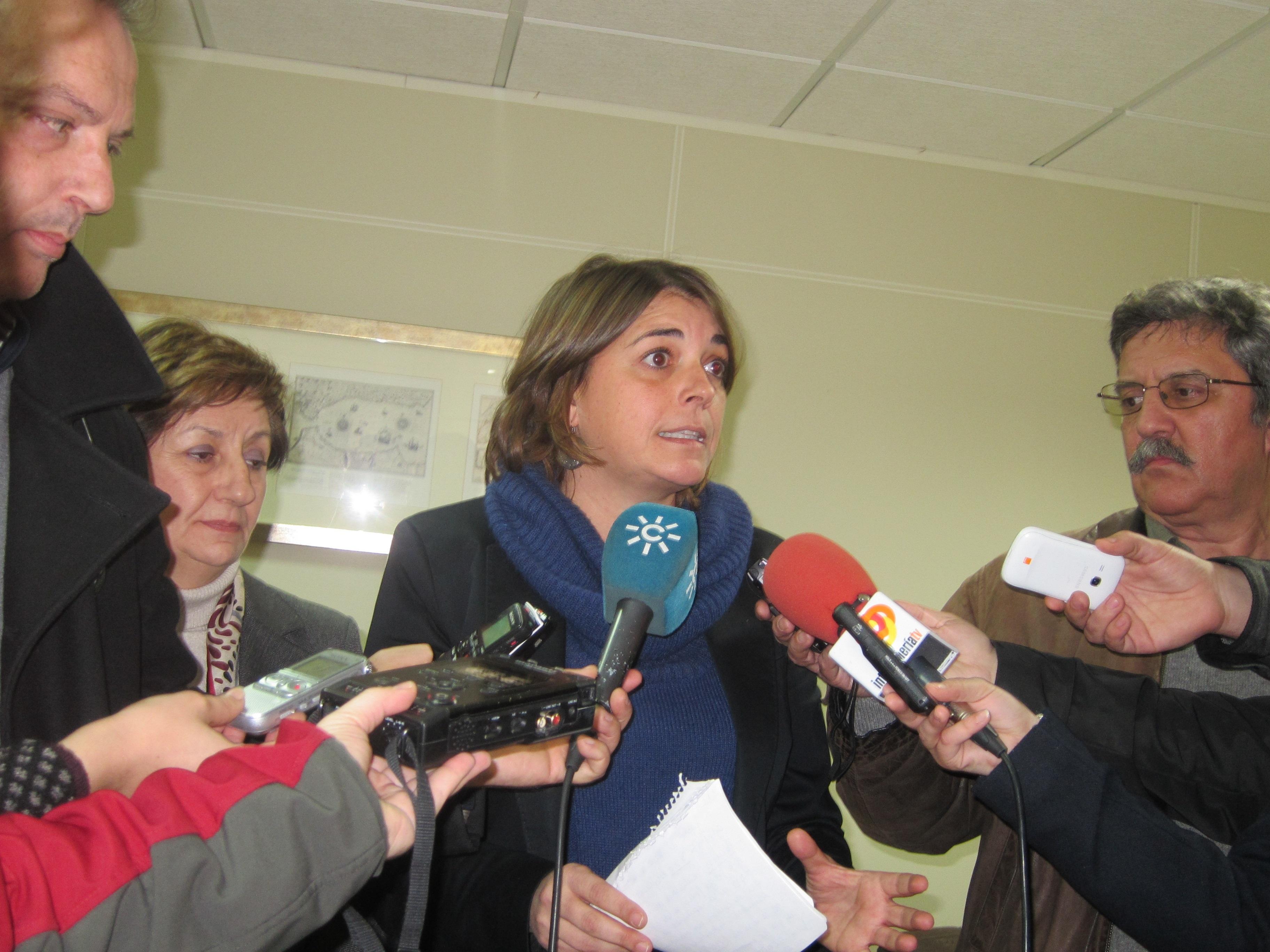 Cortés pide al Gobierno que retire el recurso a la ley »antidesahucios» ya que se basa en argumentos «ridículos»