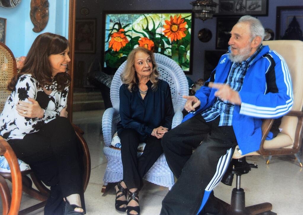 Fidel Castro no para y se reúne con los presidentes Correa, Ortega y Morales
