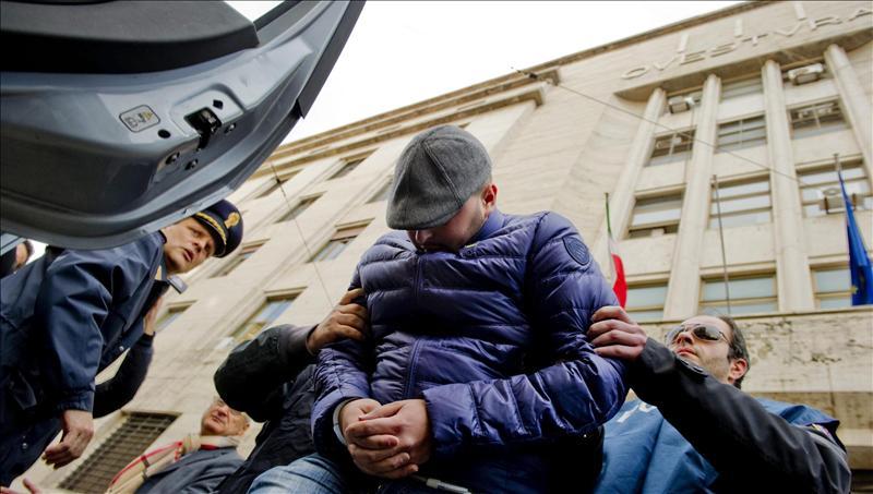La Camorra trafica con basura en Nápoles, donde se han disparado los casos de cáncer