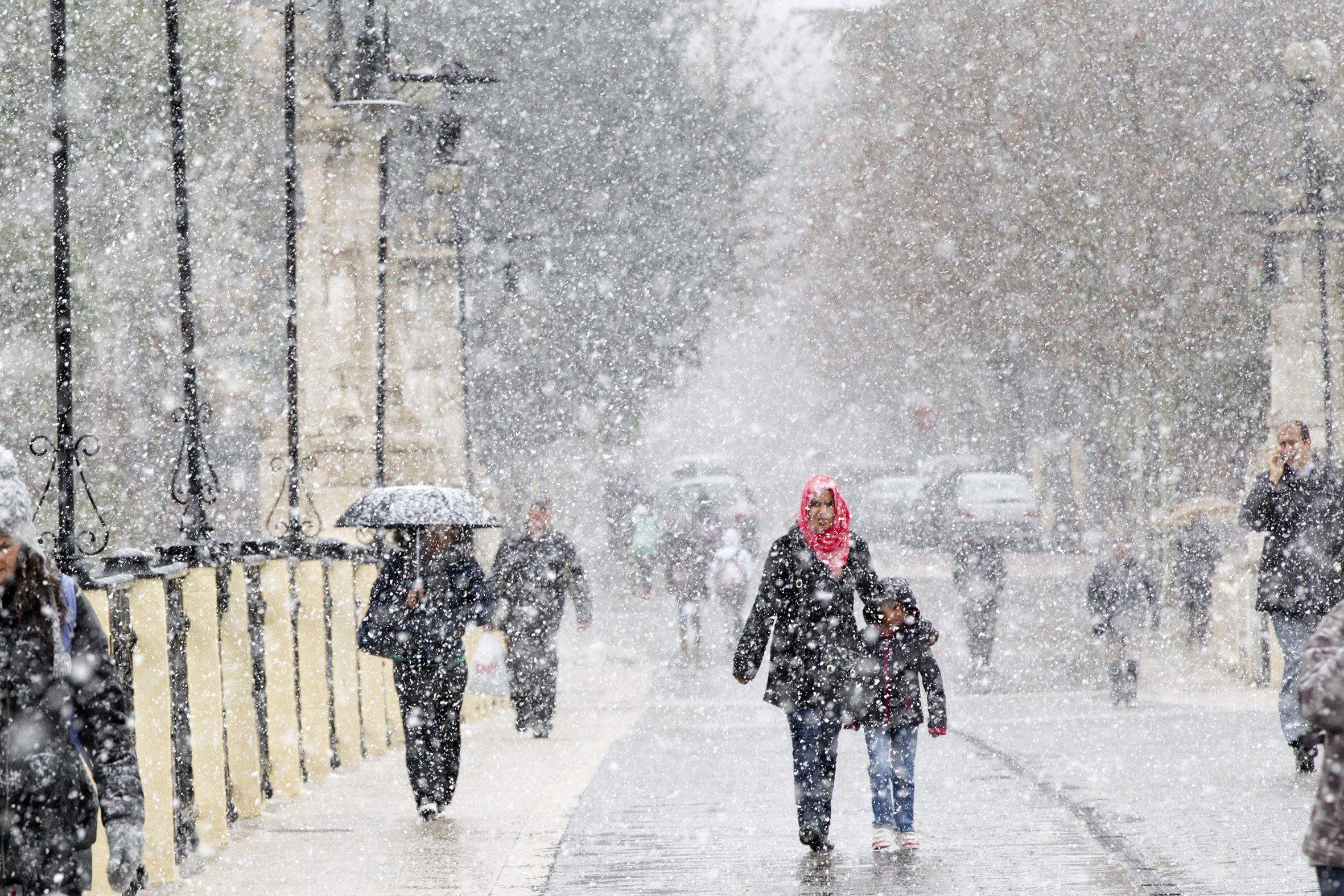 Diecinueve provincias siguen en alerta, aunque el temporal tiende a remitir