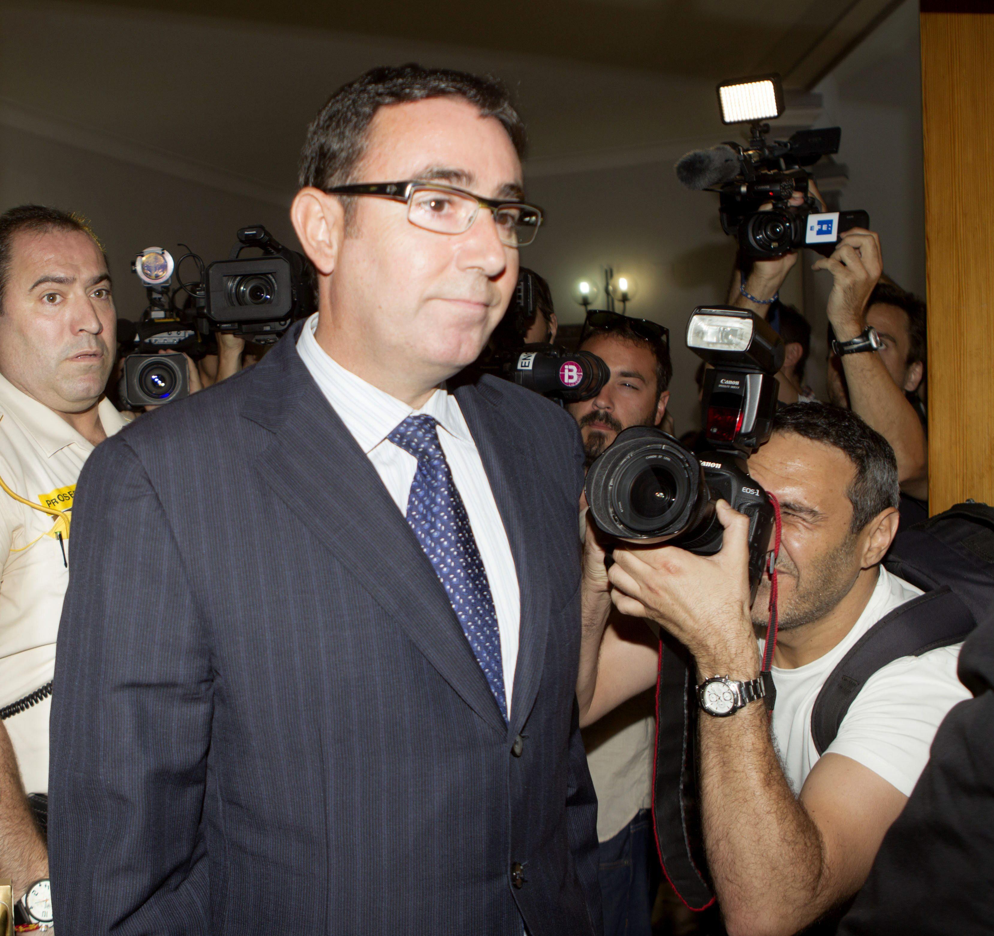 Diego Torres recurre que sólo graben en audio a la infanta por «carecer de amparo legal»
