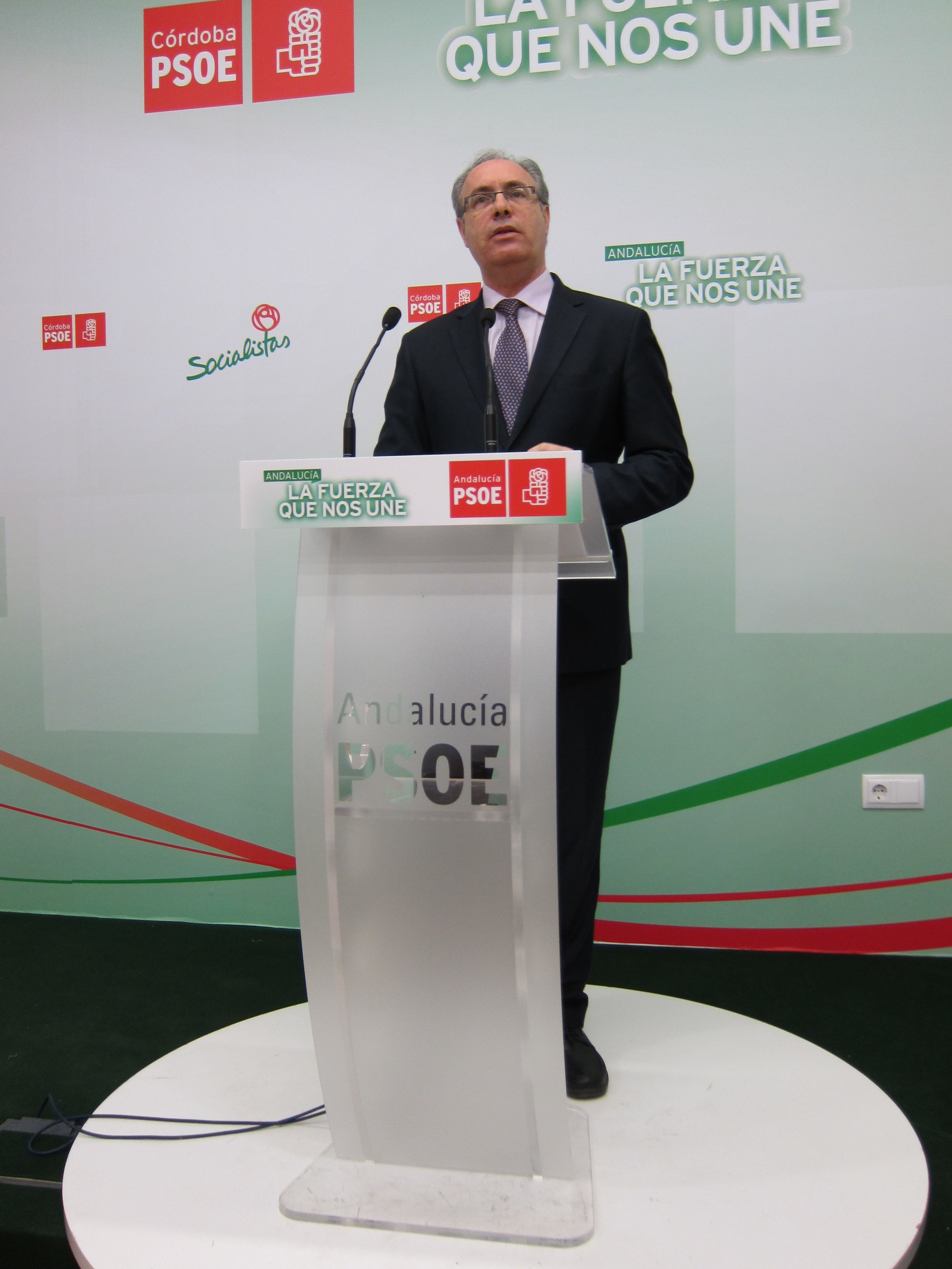 Durán acusa a Nieto de no defender los intereses de Córdoba ante Rajoy, como con la ampliación del Cabril