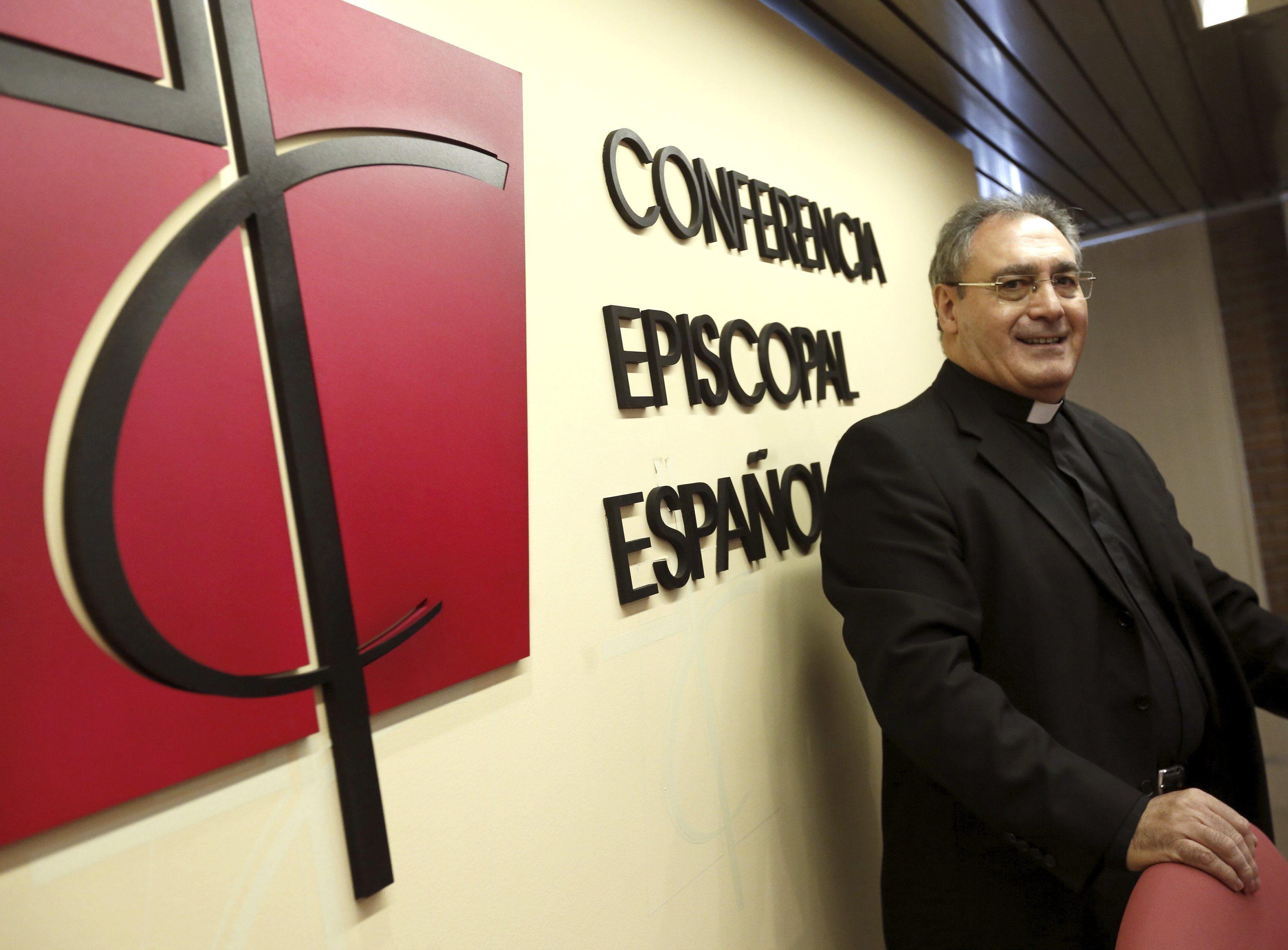 Gil Tamayo (CEE) afirma que si «un homosexual busca a Dios, no soy quién para juzgarlo»