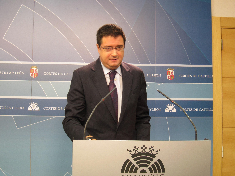 López, sobre la convención : «La orquesta del PP viene este fin de semana a Valladolid incompleta y algo desafinada»