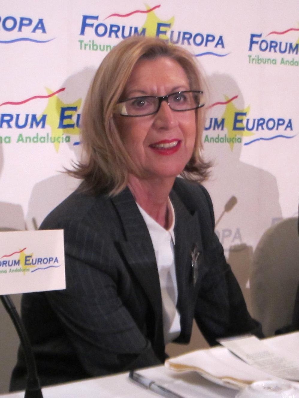 Rosa Díez (UPyD): «ETA sigue existiendo y mientras no terminemos con ella habrá que considerarla un problema»