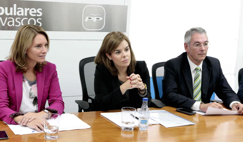 Sáenz de Santamaría participa hoy en Bilbao en un acto con Arantza Quiroga